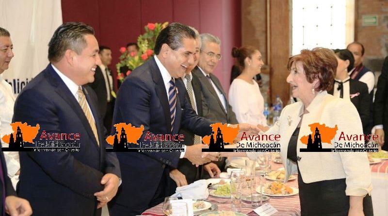 Asiste Silvano Aureoles al XV Aniversario del Diario ABC de Michoacán