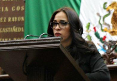 Día de la Bandera mexicana se pasa en penumbras: Bernal Martínez
