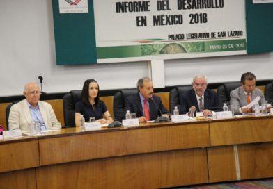 Presentan a diputados federales priistas informe sobre desarrollo en México 2016