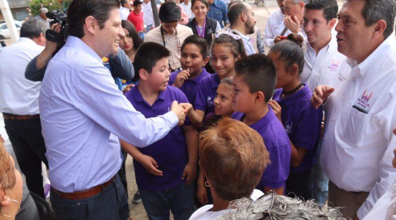"""Alfonso Martínez será recordado como el Alcalde que sí cumplió"""": vecinos de la colonia Socialista"""
