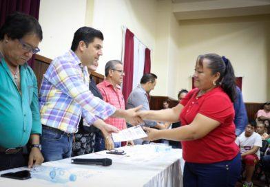 Distribuyen apoyos sociales para familias de comunidades y colonias