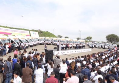 Recibe Apatzingán ambulancia para fortalecer atención de emergencias