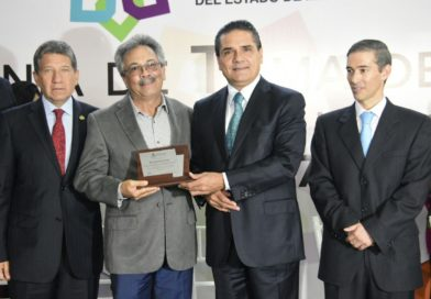 Hacer del turismo la principal actividad económica de Michoacán: Silvano Aureoles