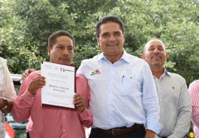 Entregan Estado y Federación más de mil mdp en apoyos a productores michoacanos