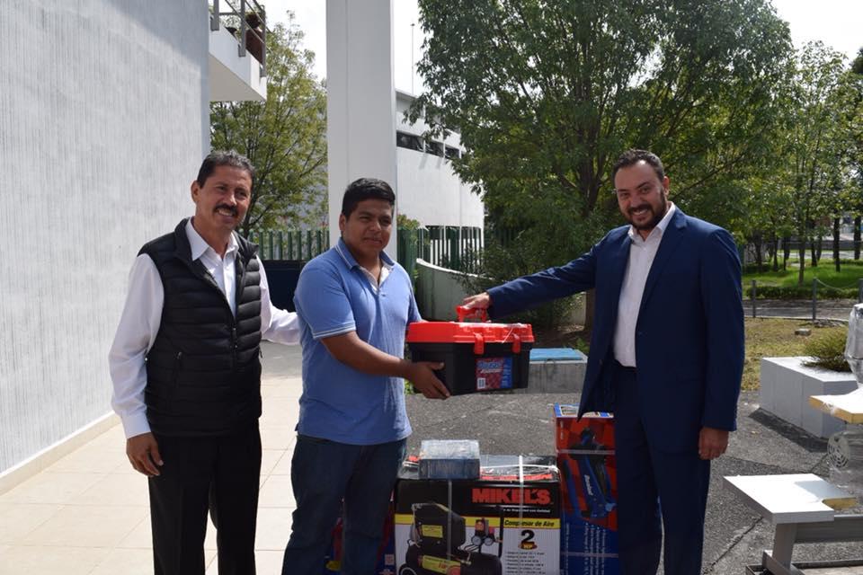 Icatmi entrega apoyos a egresados ganadores del Concurso de Proyectos Productivos