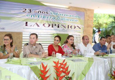 Juntos podemos escribir una nueva historia en Michoacán: Julieta López