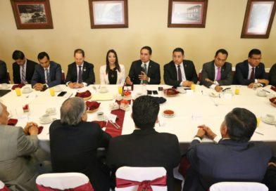 En alianza con IP para garantizar desarrollo de Michoacán: Silvano Aureoles