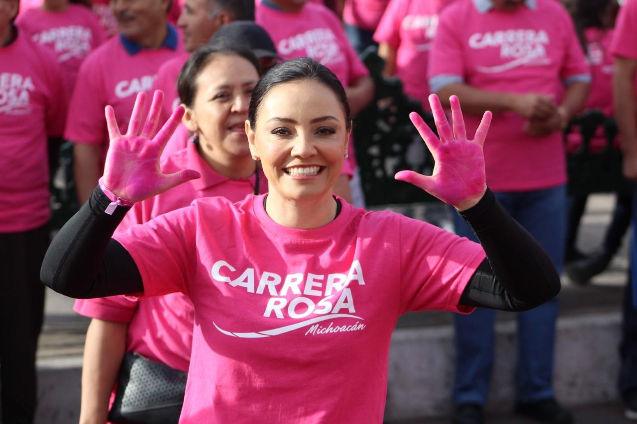Generemos conciencia para prevenir el cáncer de mama: Adriana Hernández