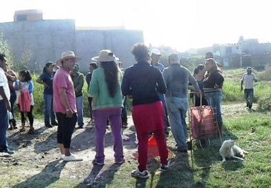 El Regidor Salvador Arvizu, colonos y transportistas realizan campaña de limpieza