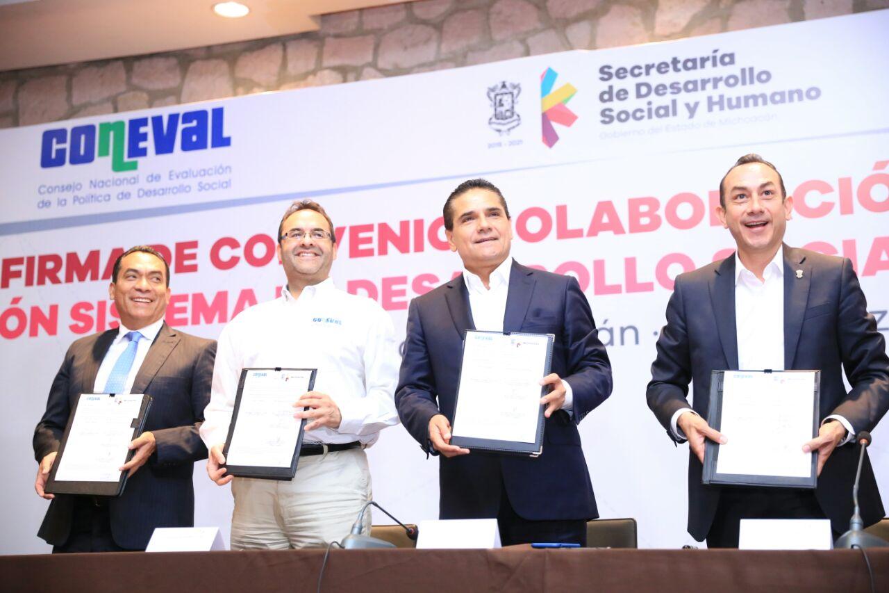 Políticas transversales enfocadas al desarrollo económico para disminuir pobreza: Silvano Aureoles