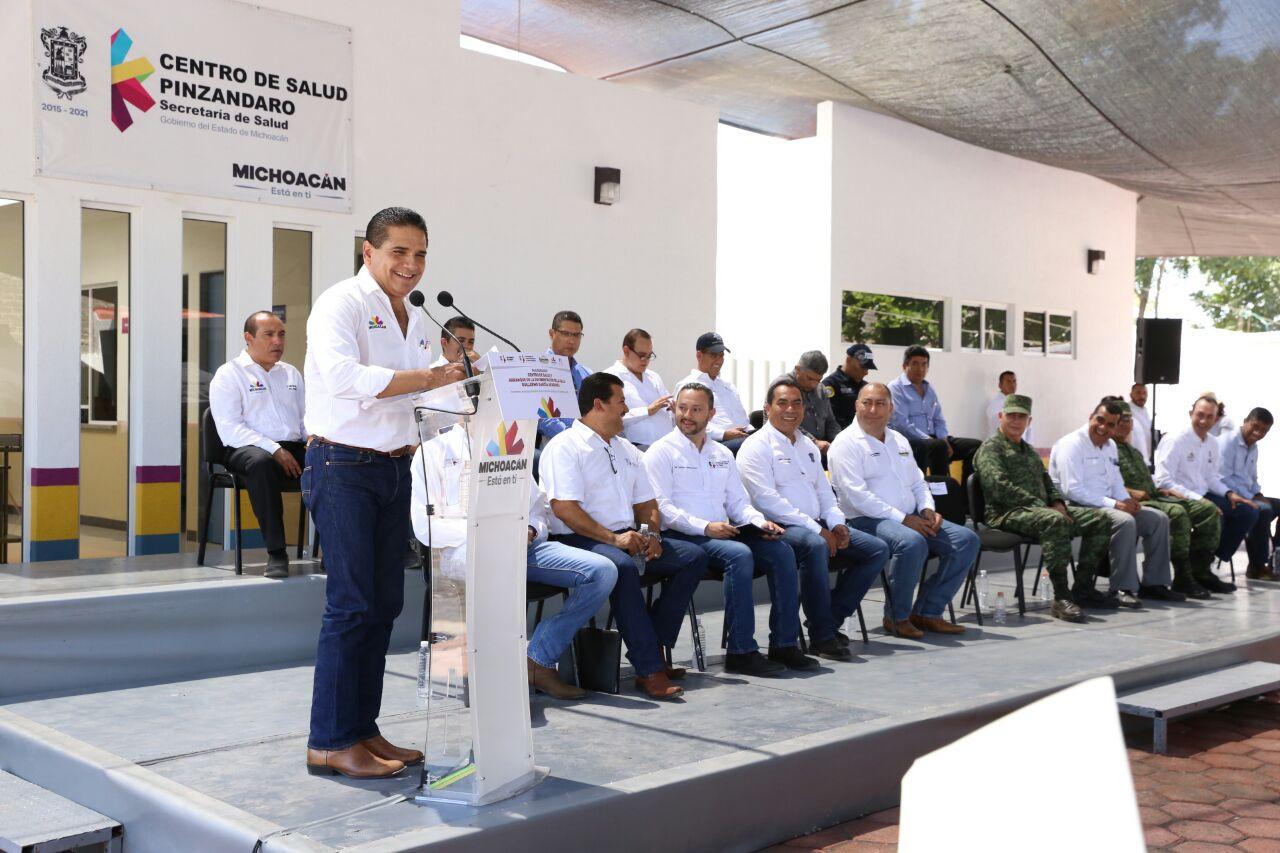 Entrega Gobernador Silvano Aureoles Centro de Salud a Comunidad Modelo de Pinzándaro