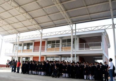 """Supervisan SEE e IIFEEM sustitución de aulas """"de palitos"""" en Morelia"""