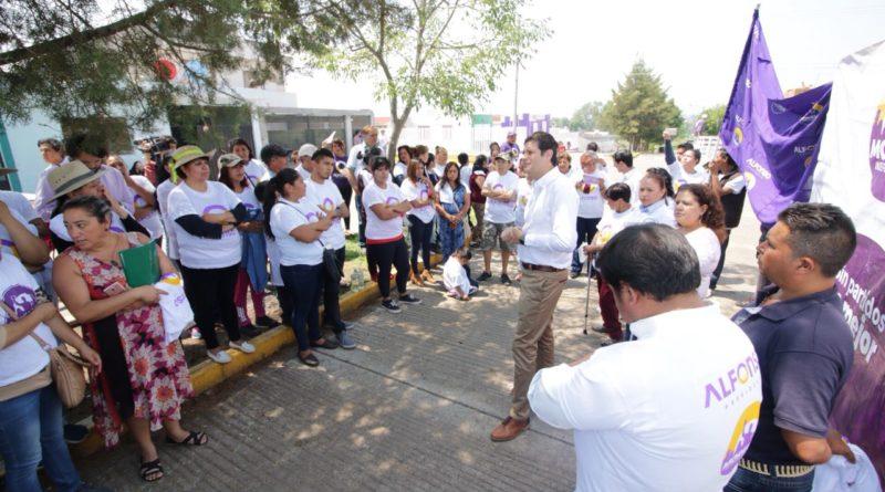 Colonos continúan recibiendo y reconociendo propuesta de Alfonso Martínez