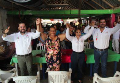 Plantea Reyes Galindo fortalecer programas de salud en el distrito 01