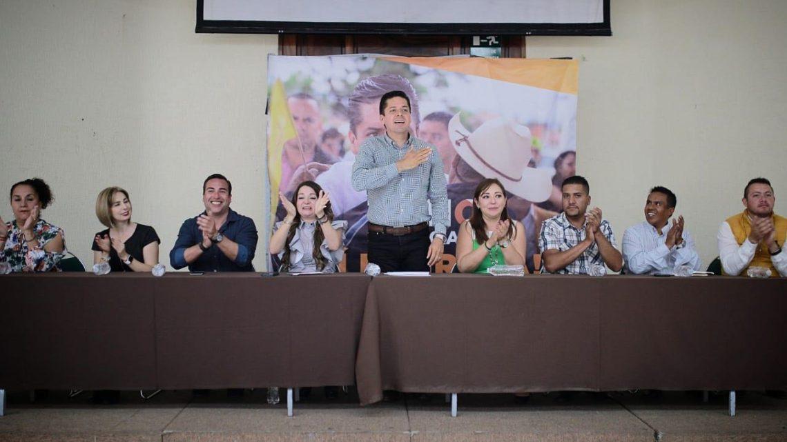 Estaré en contacto con alcaldes y diputados para el desarrollo de Michoacán: Toño García