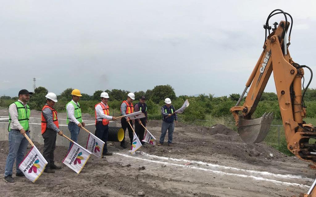 Atiende Gobierno del Estado escasez de agua en localidades de Nuevo Urecho y Parácuaro