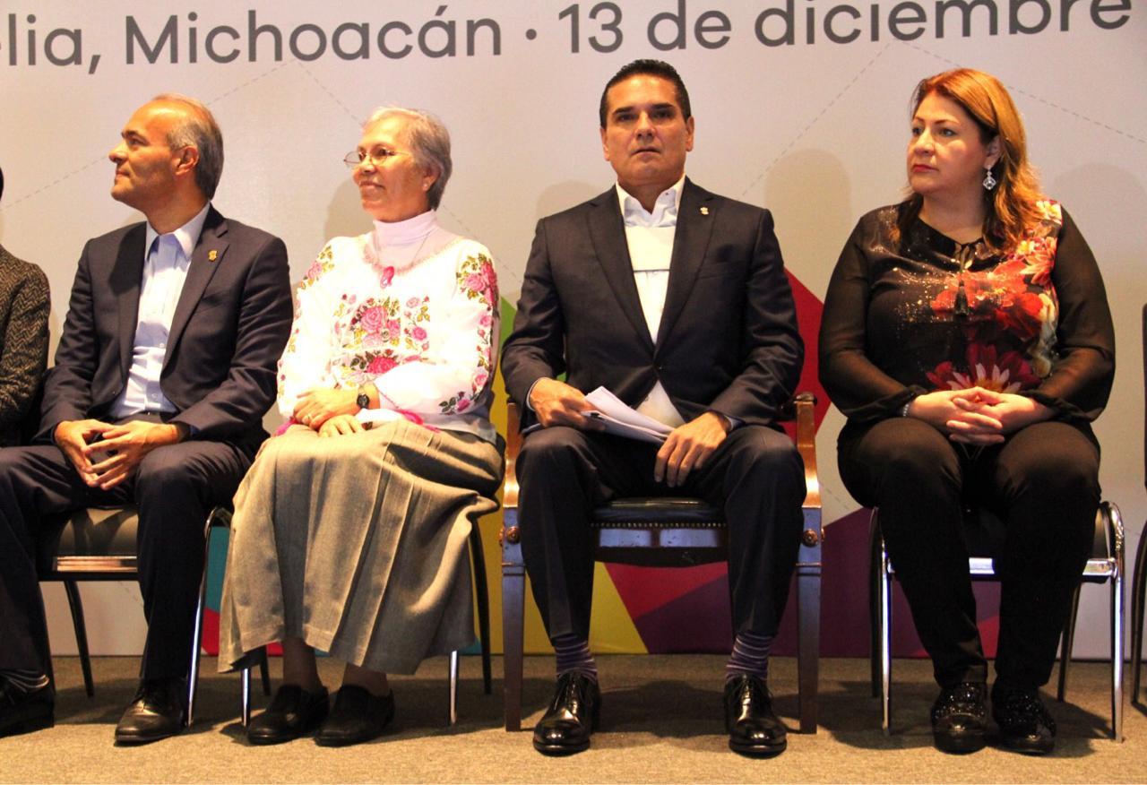 Asiste Cristina Portillo a Celebración del Día del Migrante