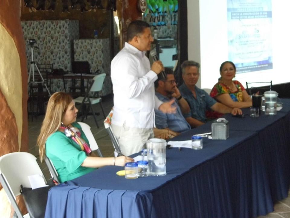 Vital para México crear una nueva ley de aguas nacionales: Feliciano Flores Anguiano